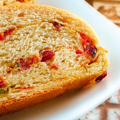 Pão com Tomate, Bacon e Cebola
